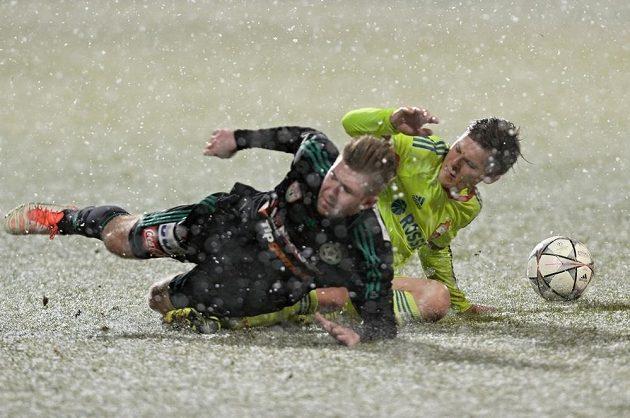Duel se hrál v druhé půli v těžkých podmínkách.