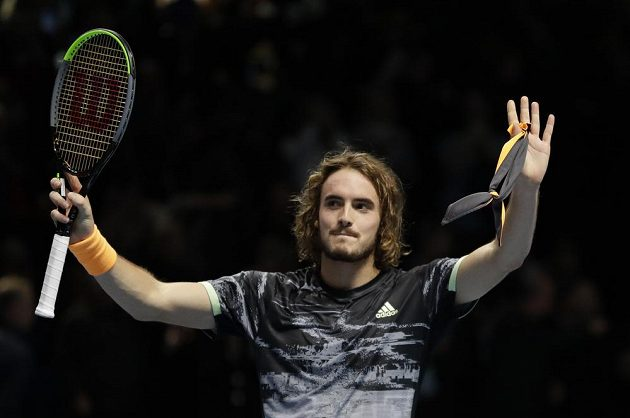 Řecký tenista Stefanos Tsitsipas slaví na Turnaji mistrů.