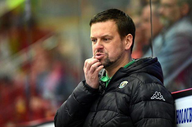 Karlovarský trenér Karel Mlejnek během utkání s Jihlavou.