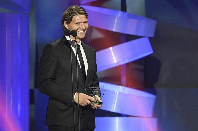 Devátý nejlepší hokejista ankety Zlatá hokejka - Martin Erat.