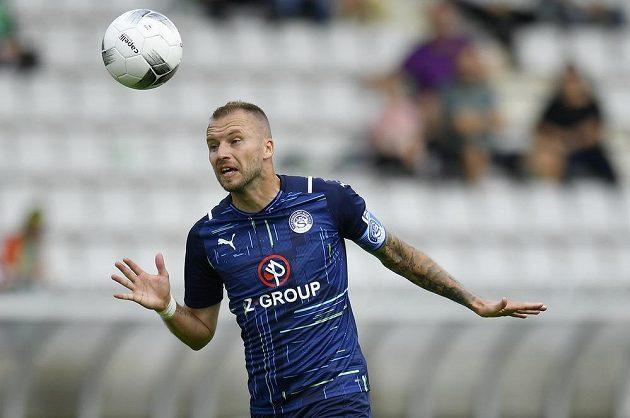 Michal Kadlec ze Slovácka v akci během ligového zápasu.