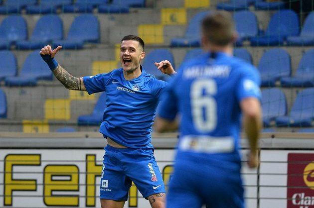 Roman Potočný z Liberce se raduje z gólu proti Zlínu.
