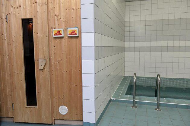 Sauna a bazén v kabině české hokejové reprezentace.