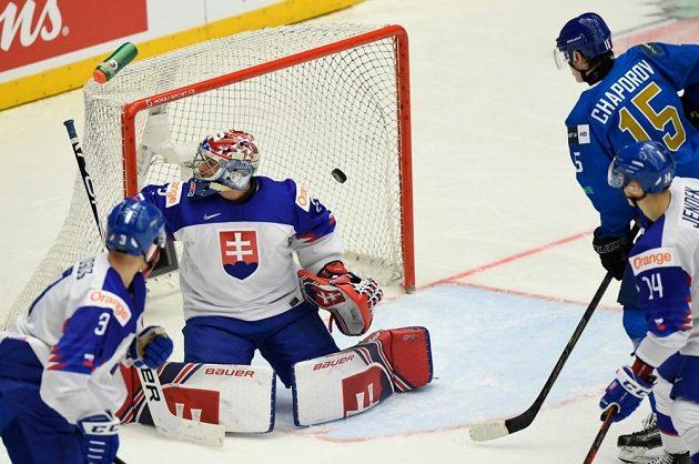 Zápas mezi Slovenskem a Kazachstánem nabídl hodně urputný hokej