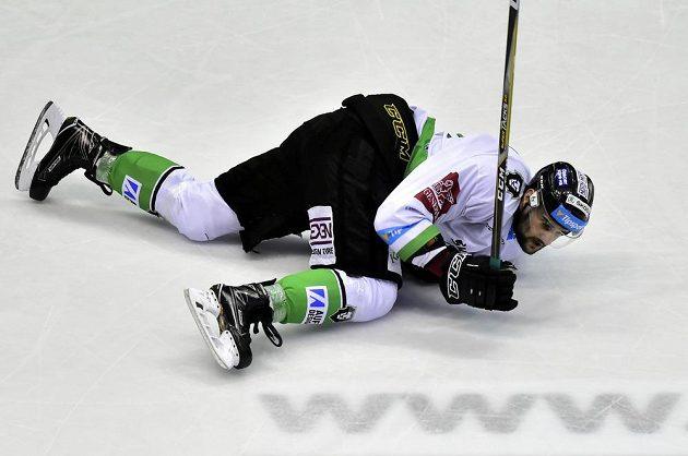 Oldřich Kotvan z Mladé Boleslavi při utkání v Pardubicích.