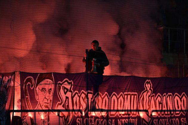 Fanoušci Slovácka během utkání s Plzní.