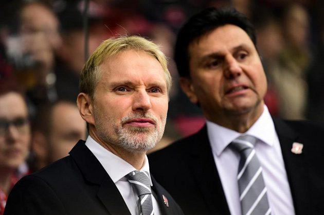 Trenéři Hradce Králové (zleva) Tomáš Martinec a Vladimír Růžička.