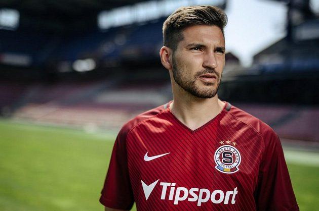 Michal Trávník se stává čtvrtou letní posilou fotbalové Sparty.