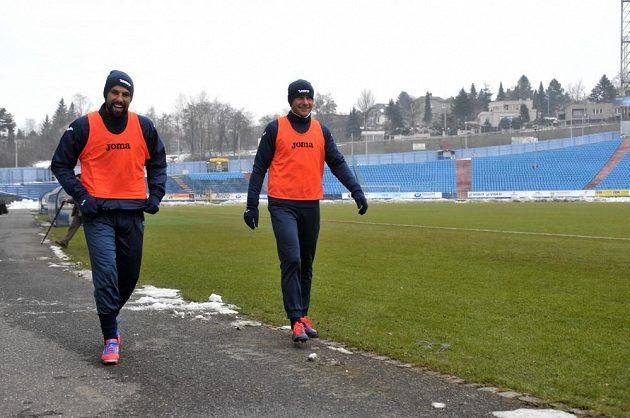 Milan Baroš (vlevo) a Martin Lukeš jdou na trénink Baníku Ostrava.