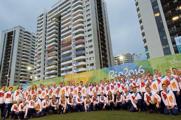 Slavnostní uvítání českého týmu v olympijské vesnici.