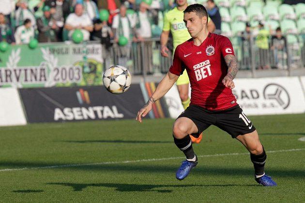 Nicolae Stanciu ze Sparty během utkání v Karviné.