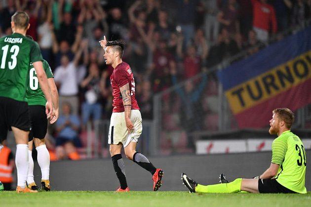 Sparťanský útočník Václav Kadlec pojistil gólem výhru Letenských v lize nad Jabloncem.