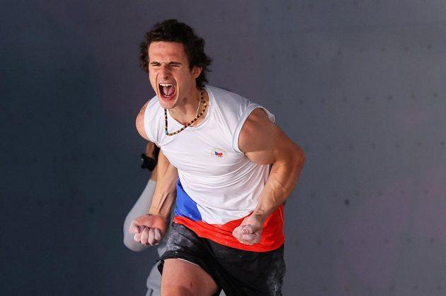 Adam Ondra po kvalifikačním boulderingu, který se mu povedl.