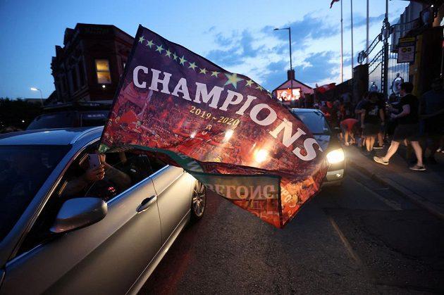 Mistří! Liverpool ovládl nejvyšší anglickou fotbalovou soutěž po 30 letech.