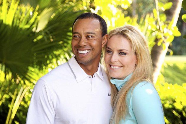 Golfista Tiger Woods a slezdová lyžařka Lindsey Vonnová veřejně oznámili, že jsou pár.