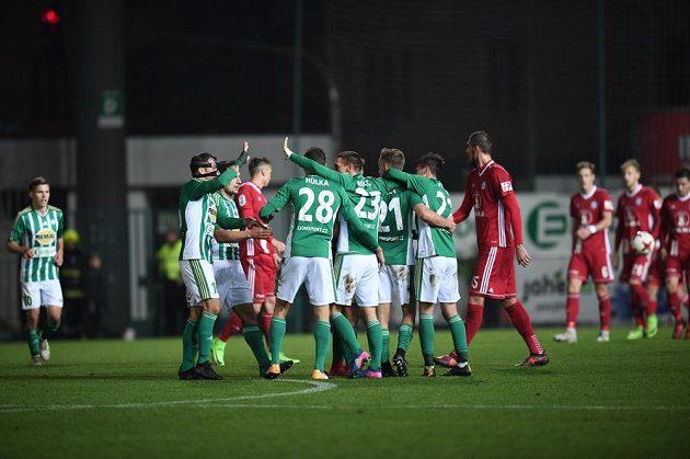 Fotbalisté Bohemians Praha 1905 remizovali ve 13. kole ligy s SK Sigma Olomouc 1:1.