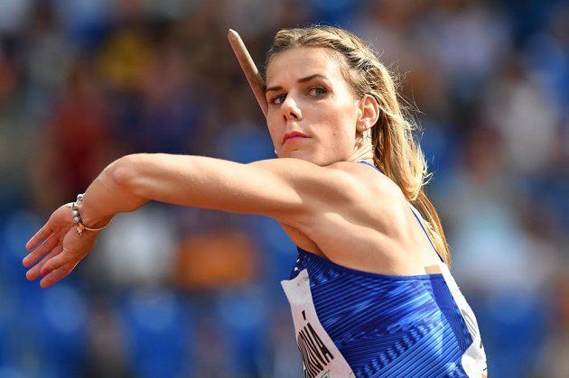 Nikola Ogrodníková v duelu českých oštěpařek na Zlaté tretře prohrála s Barborou Špotákovou, když skončila osmá.