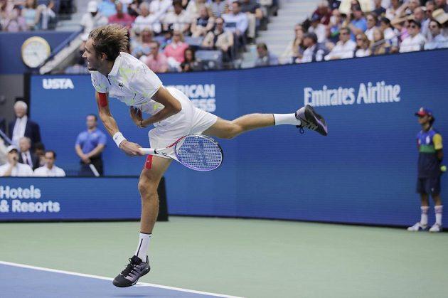 Daniil Medveděv během finále US Open s Rafaelem Nadalem.