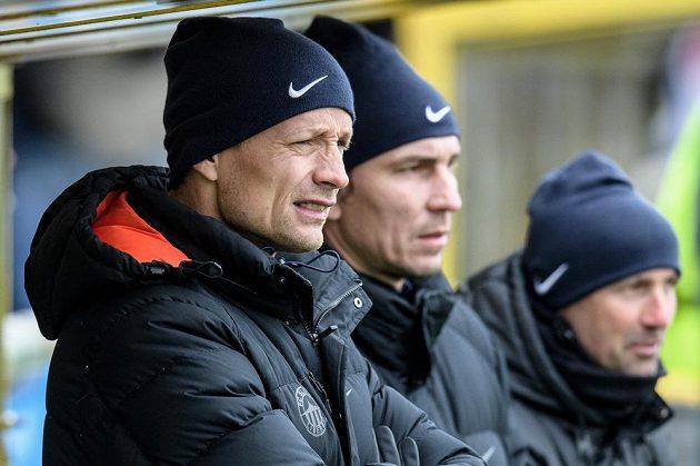 Liberecký asistent Jiří Jarošík během utkání s Jabloncem.
