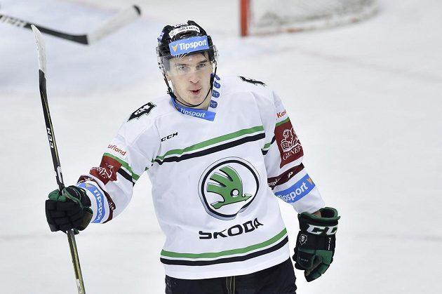 David Šťastný z Mladé Boleslavi se raduje z druhého gólu svého týmu.