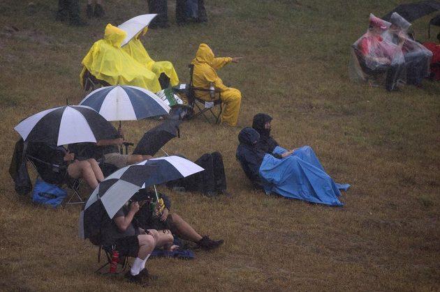 Druhý trénink na Velkou cenu USA byl kvůli špatnéumu počasí zrušen.