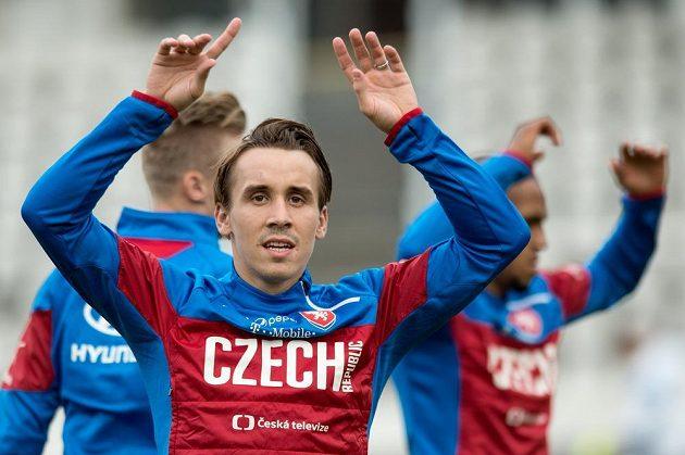 Záložník Josef Šural během tréninku české fotbalové reprezentace na pražském Strahově.