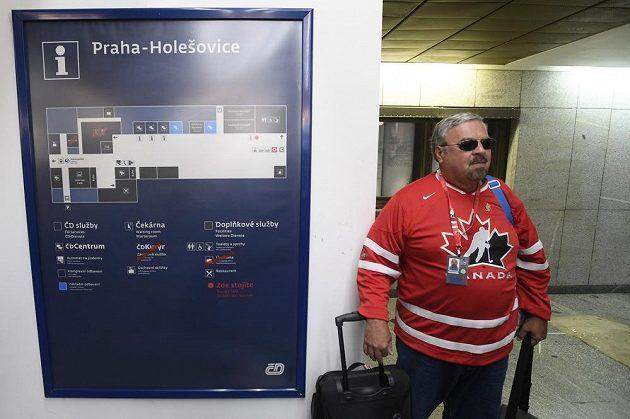Kanadští hokejoví fanoušci míří do Ostravy na mistrovství světa juniorů v hokeji.