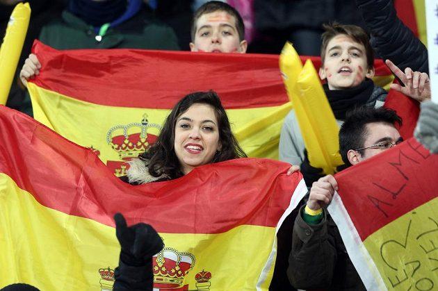 Fanoušci Španělska na stadiónu v Kluži.