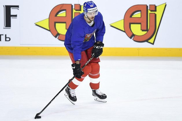 Útočník David Krejčí při dopoledním tréninku české hokejové reprezentace před večerním zápasem s Ruskem na mistrovství světa v Kodani.