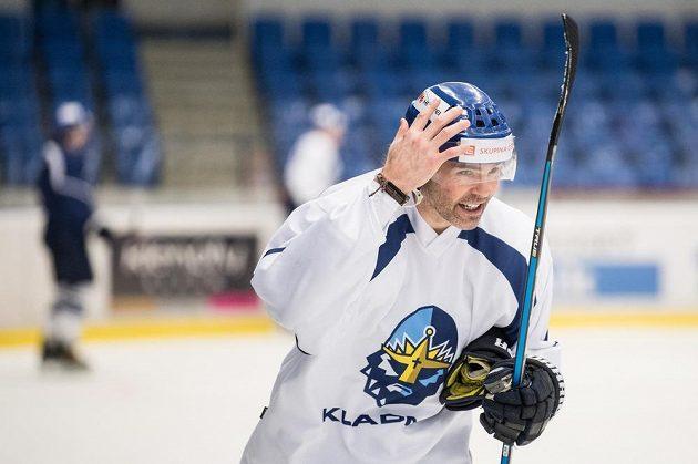 Jaromír Jágr během prvního tréninku po návratu do Kladna.