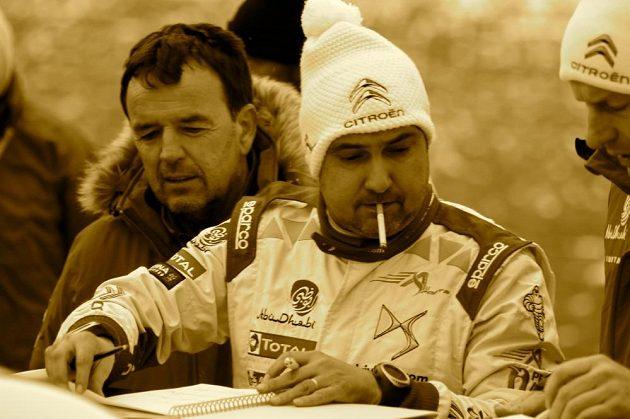 Daniel Elena, navigátor Sébastiena Loeba, v přípravě na Rallye Monte Carlo.