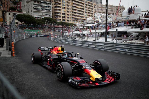 Daniel Ricciardo ma trati v Monte Carlu.