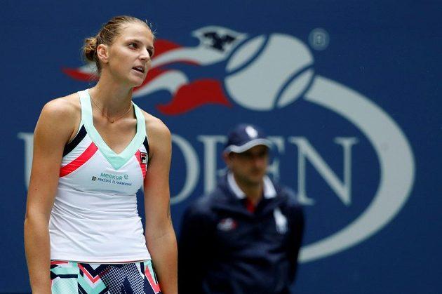 Karolína Plíšková nebyla během utkání s Čang Šuaj ve své kůži...