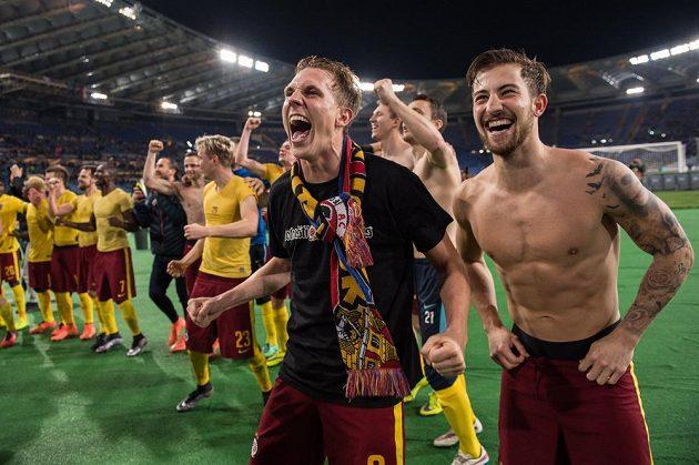 Sparťanská radost po postupu mezi osmičku nejlepších celků Evropské ligy.