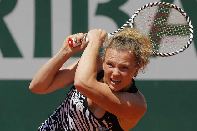 Kateřina Siniaková při utkání s Naomi Ósakaovou z Japonska.