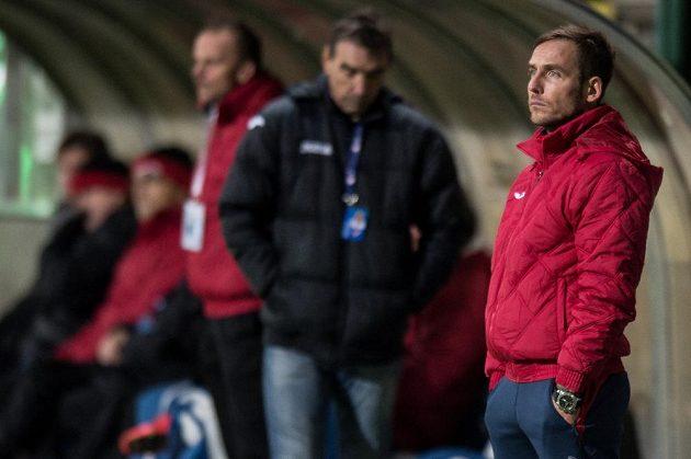 Asistent trenéra Baníku Ostrava Miroslav Matušovič během utkání na Bohemians.