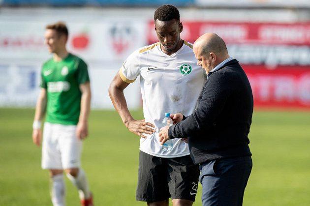 Nový trenér Příbrami Roman Nádvorník a Ibrahim Keita během utkání s Jabloncem.