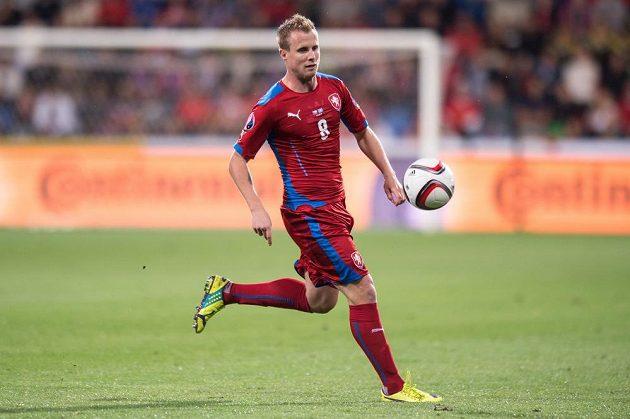 Český obránce David Limberský během kvalifikačního duelu s Kazachstánem.