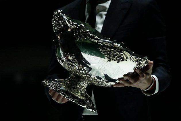 Trofej pro vítěze - Davis Cup.