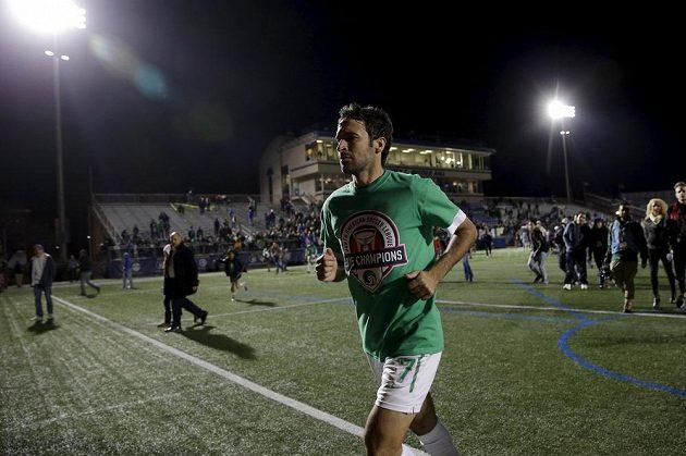 Legendární útočník Raúl González (na snímku) se rozloučil s bohatou kariérou stylově, s týmem New York Cosmos vyhrál nižší zámořskou soutěž NASL.