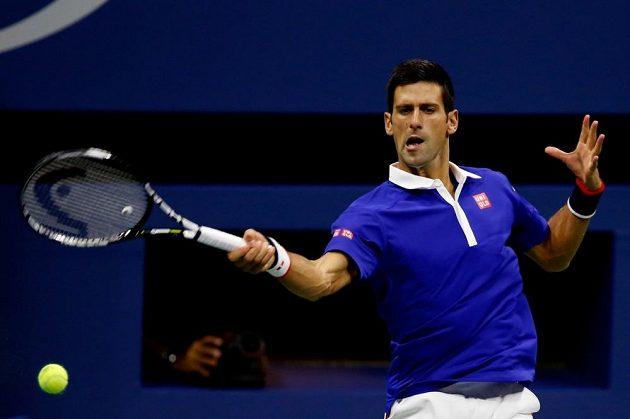 Světová jednička Novak Djokovič ve finále US Open proti Rogeru Federerovi.