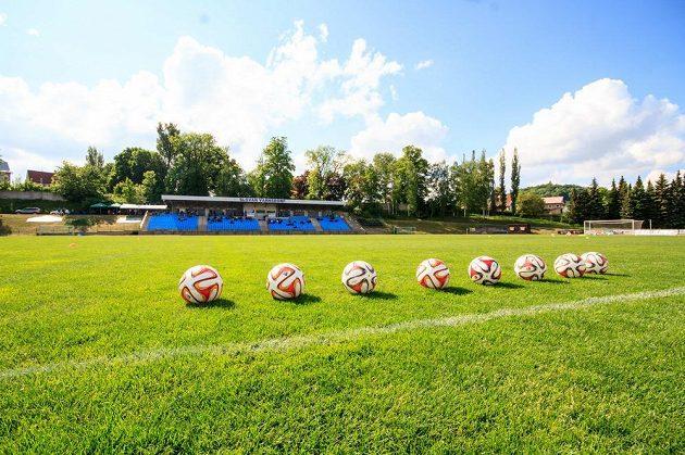 Fotbalisté Varnsdorfu poprvé v historii postoupili do první ligy, mají však nevyhovující stadión.