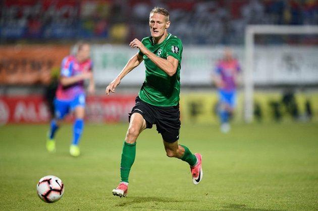 Michal Škoda z Příbrami během utkání 8. kola Fortuna ligy s Plzní.