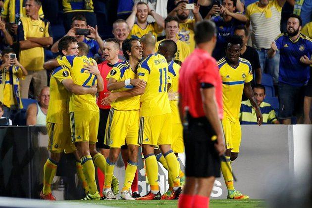 Radost hráčů i fanoušků Maccabi Tel Aviv byla za stavu 3:0 předčasná...