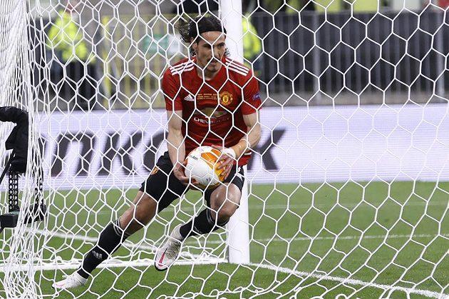 Hvězdný kanonýr Manchesteru United Edinson Cavani slaví svůj gól ve finále Evropské ligy proti Villarrealu.