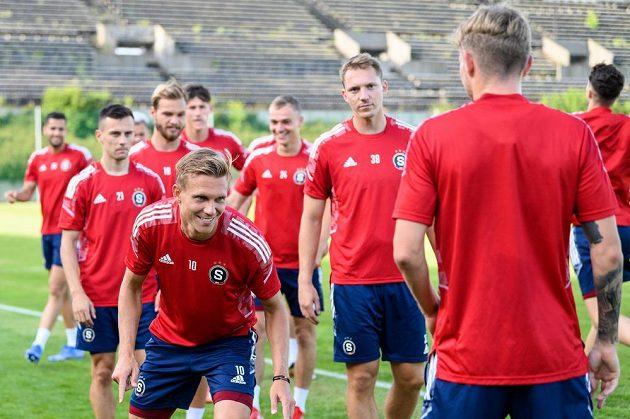 Bořek Dočkal ze Sparty Praha během tréninku před odvetou s Rapidem Vídeň.