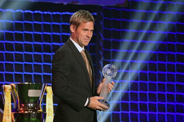 Tomáš Hübschman z Jablonce převzal cenu pro osobnost ligy.