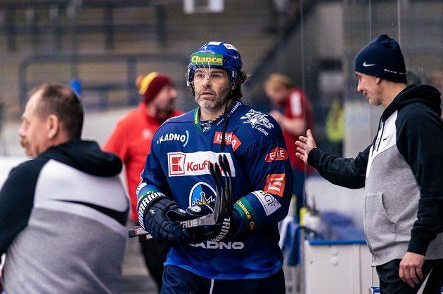 Jaromír Jágr se po více než devíti měsících vrátil do sestavy kladenských Rytířů. Nastoupil v první lize proti Jihlavě