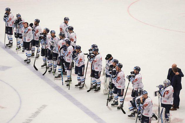 Hokejisté Liberce po prohraném zápase.