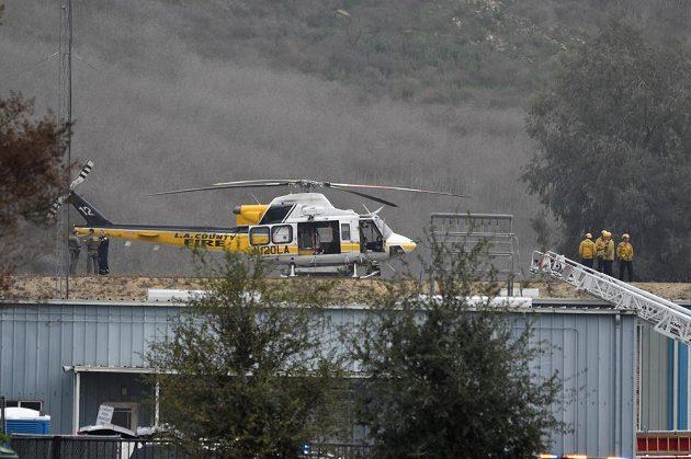 Záchranáři z Kalifornie v akci. Kobe Bryant zahynul při nehodě vrtulníku.